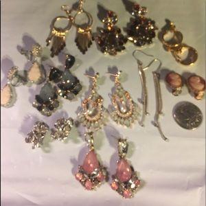 🌹BOGO🌹 equal or lesser value (10) pair earrings